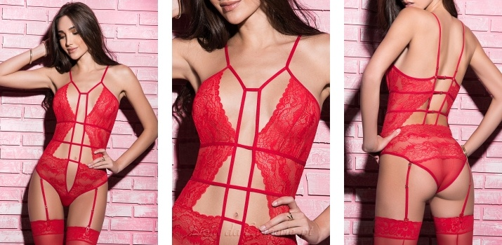 Body Monique Red €39,90